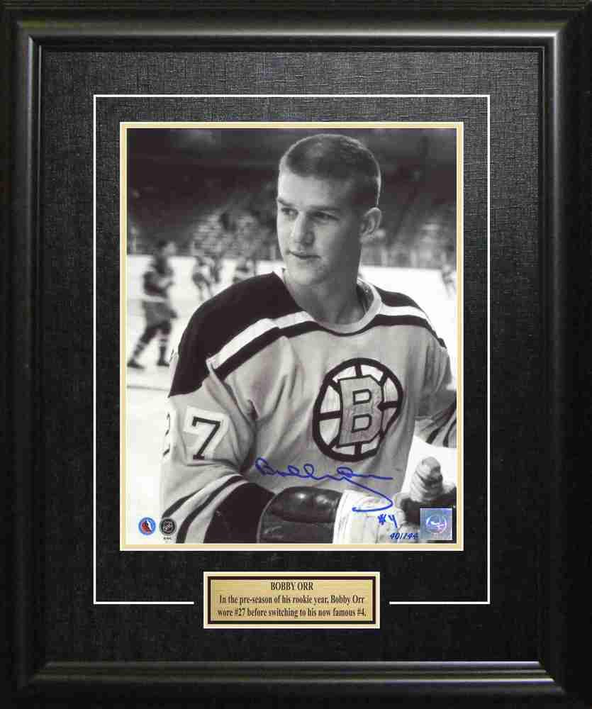 Bobby Orr - Signed & Framed 8x10