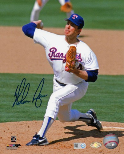 Photo of Nolan Ryan Autographed 8x10 Photo (Pitching)