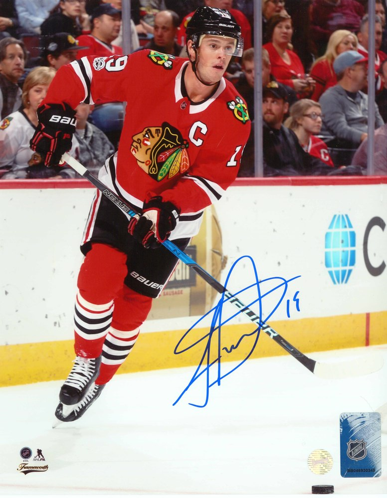Jonathan Toews - Signed 8x10 Photo Blackhawks Red Action