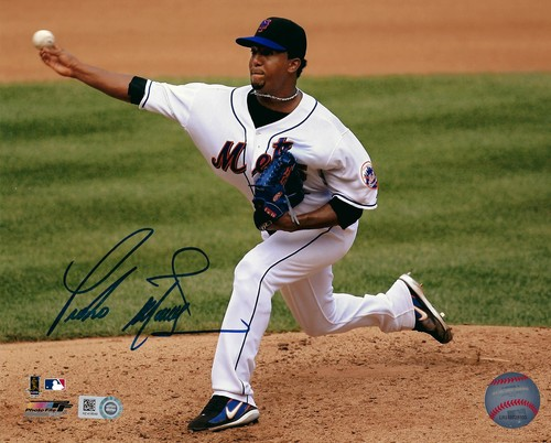 Photo of Pedro Martinez Autographed 8x10 Photo (Mets)