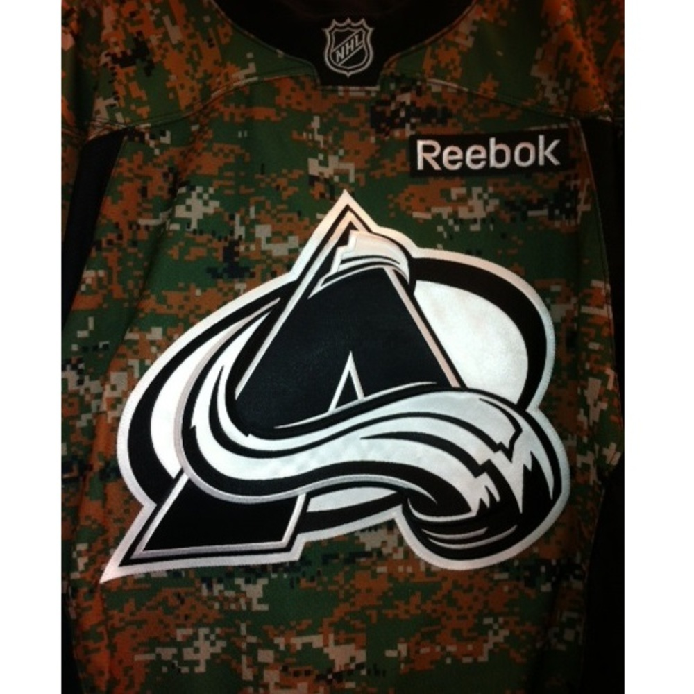 Nathan MacKinnon autographed Avalanche military jersey - Colorado Avalanche
