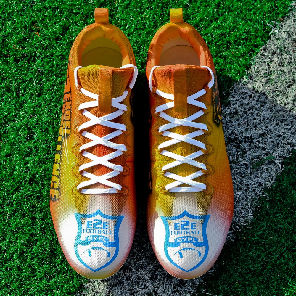 MY CAUSE MY CLEATS - Former Seahawks RB and Super Bowl XLVIII Champ Michael Robinson CUSTOM CLEATS
