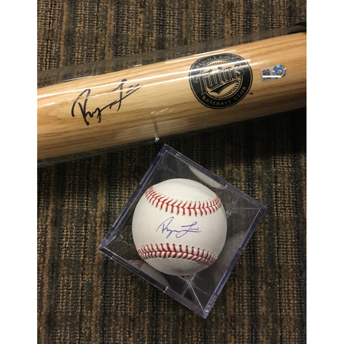 Photo of Royce Lewis Autograph Set