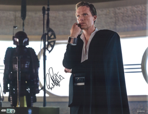 Paul Bettany as Dryden Vos 11x14 Autographed in Black Ink Photo