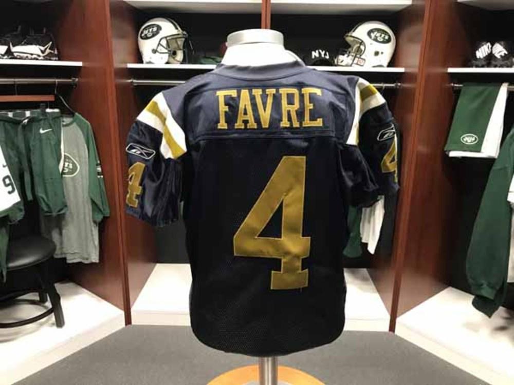 reputable site 3cfcb 8ba39 NFL Auction | Jets - Brett Favre - Gameworn Jersey 9/28/2008