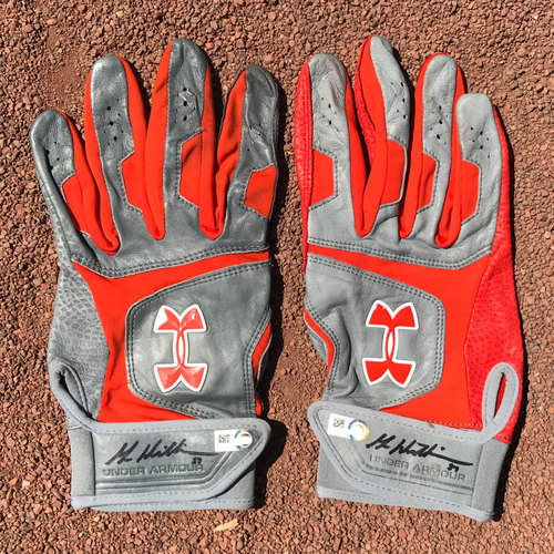Photo of San Francisco Giants - Autographed Batting Gloves - Mac Williamson (pair)