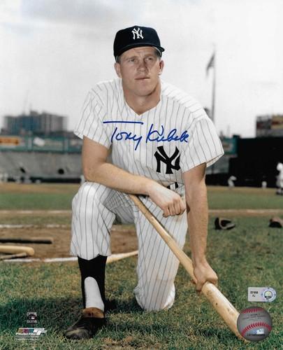Photo of Tony Kubek Autographed 8x10 Photo (Kneeling)