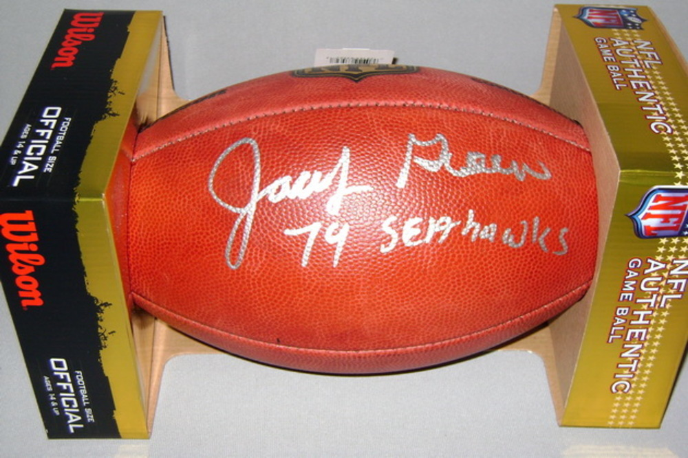 NFL - SEAHAWKS JACOB GREEN SIGNED AUTHENTIC FOOTBALL