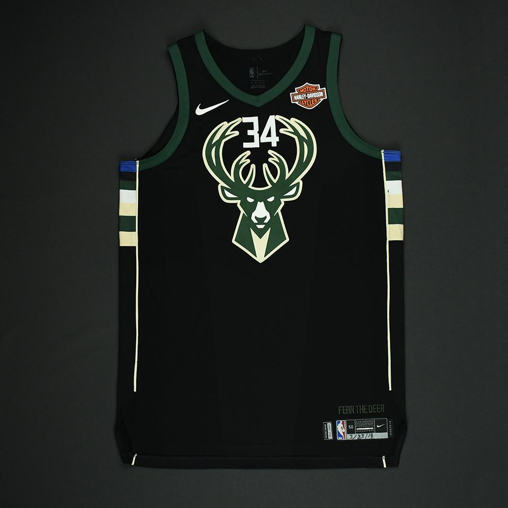 buy online b3fc0 f244f Giannis Antetokounmpo - Milwaukee Bucks - Game-Issued ...