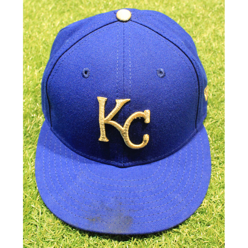 Photo of Game-Used 2019 Gold Cap: Jesse Hahn #32 (MIN @ KC 9/27/19)