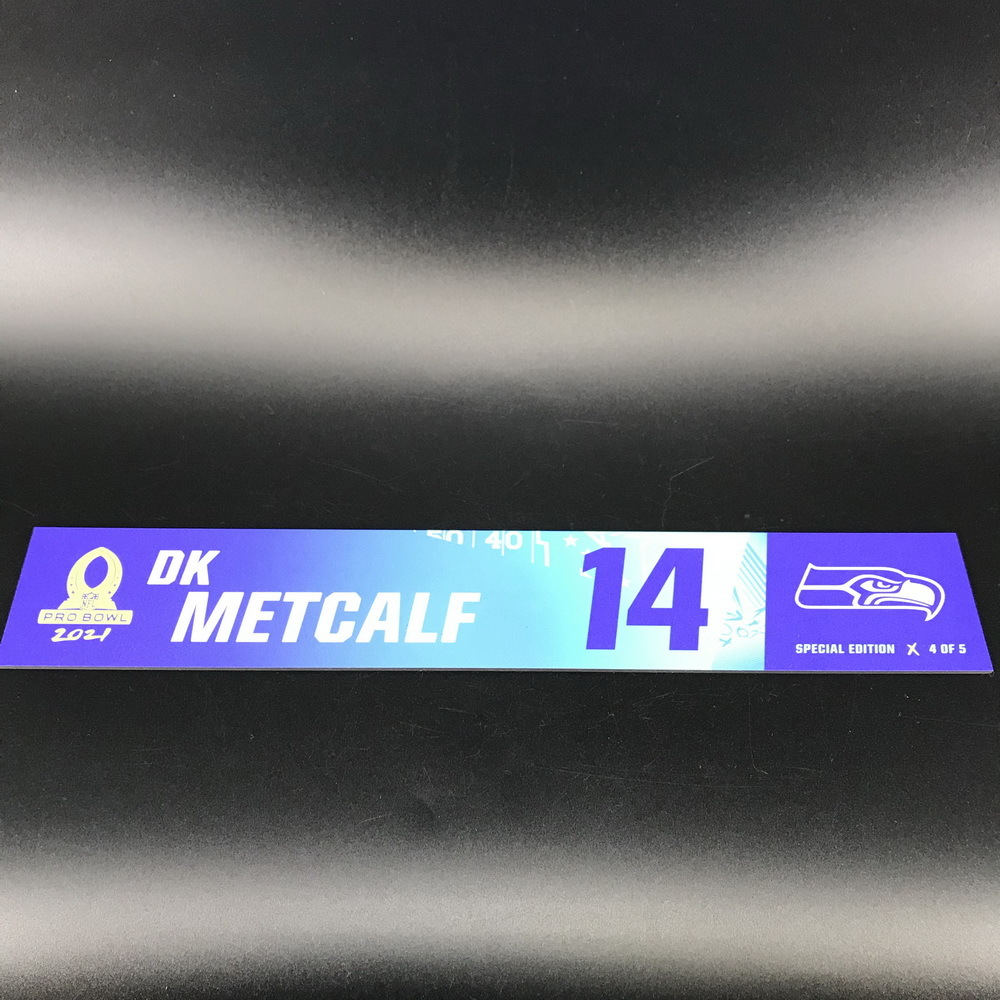 NFL - Seahawks DK Metcalf 2021 Pro Bowl Locker Nameplate Special Edition #4 of 5