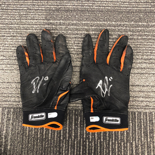 Photo of San Francisco Giants - 2017 Player Collected and Autographed Batting Gloves - #63 Ryder Jones (now #14)