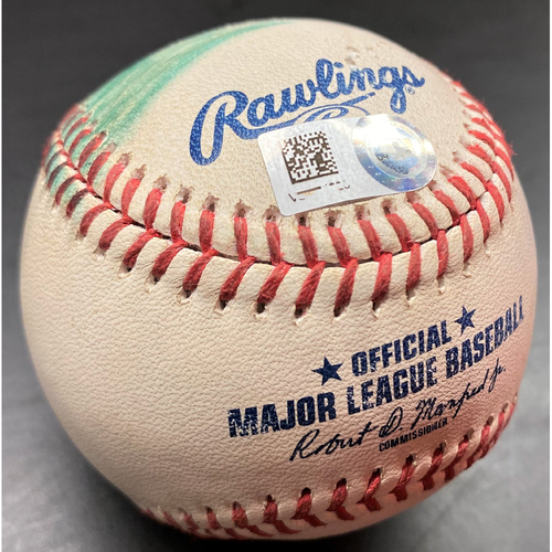 Photo of Game-Used Baseball: Eloy Jimenez Chicago White Sox Home Run (MLB AUTHENTICATED)