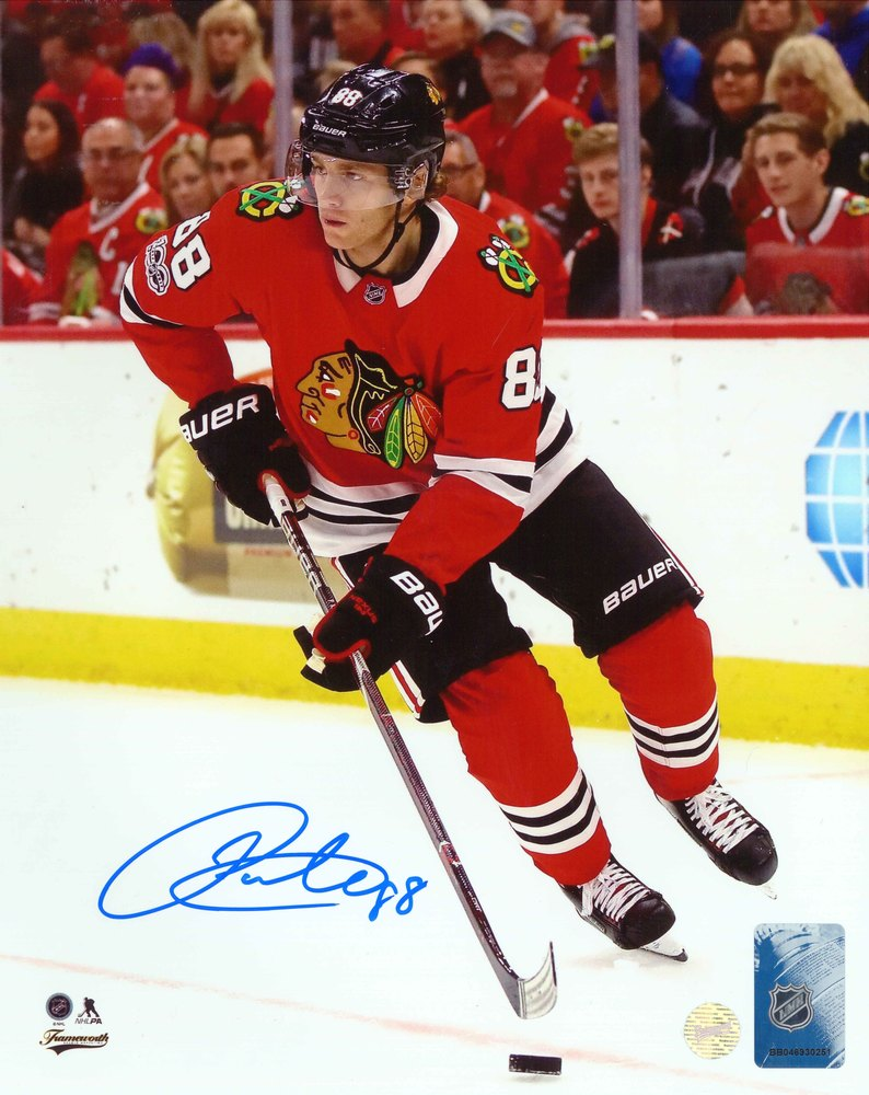 Patrick Kane - Signed 8x10 Photo Blackhawks Red Action