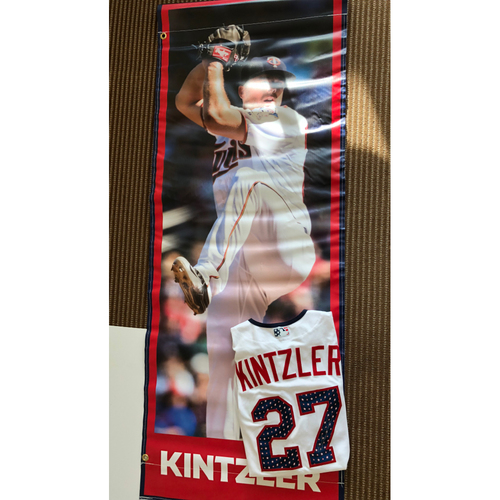 Photo of Brandon Kintzler Package