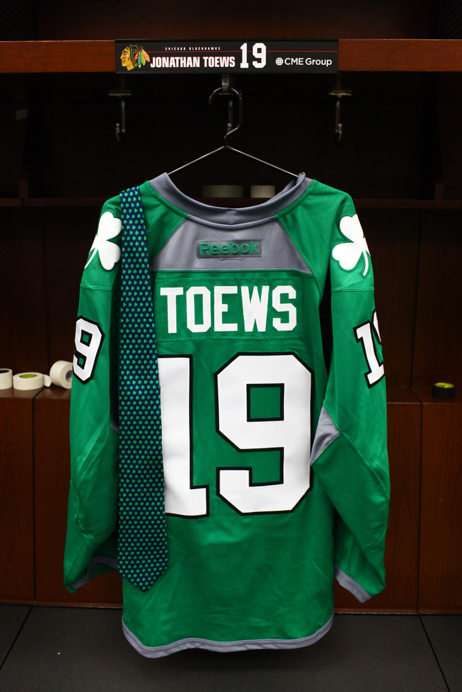 70e5d1709  19 - Jonathan Toews Autographed Authentic St. Patrick s Day green Jersey