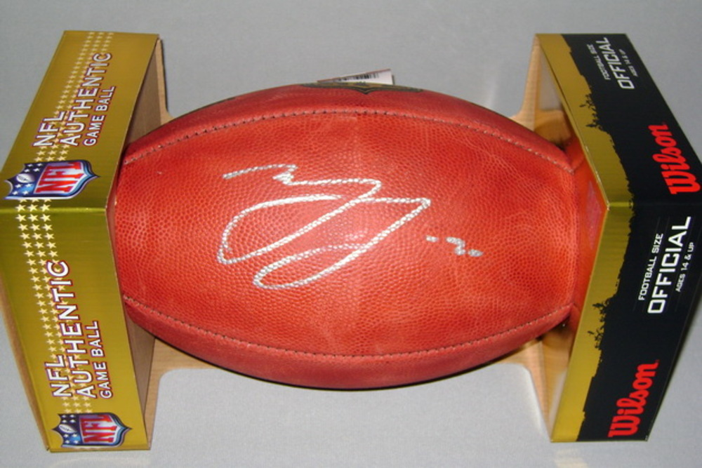 NFL - SAINTS MARSHON LATTIMORE SIGNED AUTHENTIC FOOTBALL