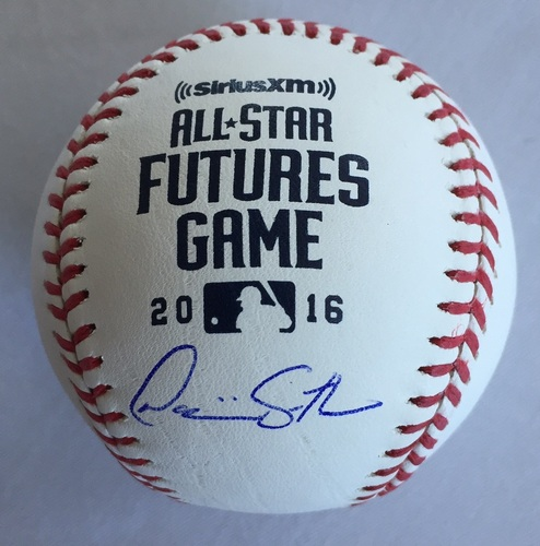 Photo of Dominic Smith Autographed 2016 Futures Baseball