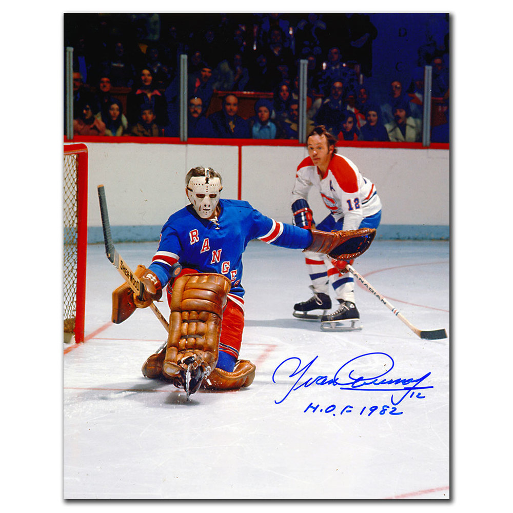 Yvan Cournoyer Montreal Canadiens vs GIACOMIN Autographed 8x10