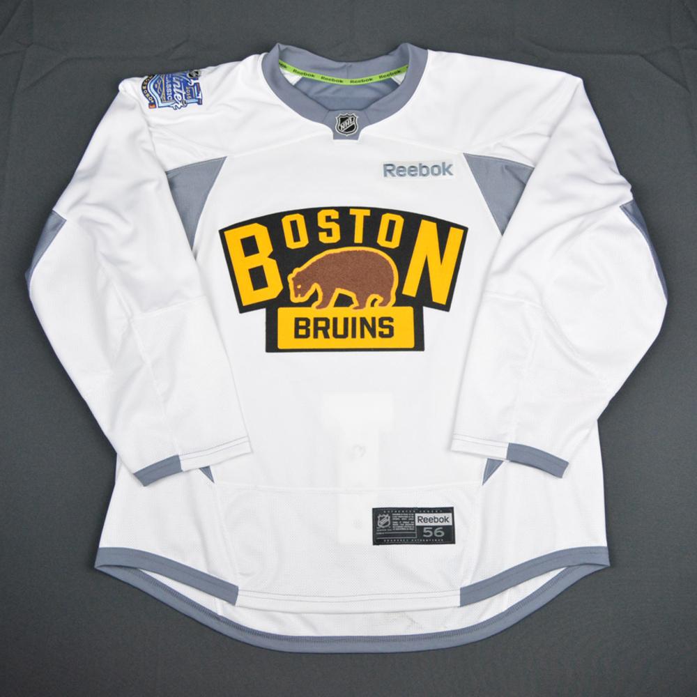 Brad Marchand - Boston Bruins - 2016 NHL Winter Classic - Practice ...