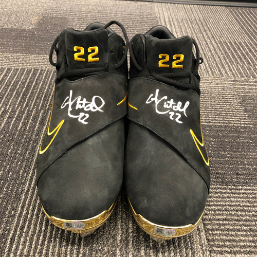 Photo of 2018 Autographed Cleats - #22 Andrew McCutchen - Size 10 1/2