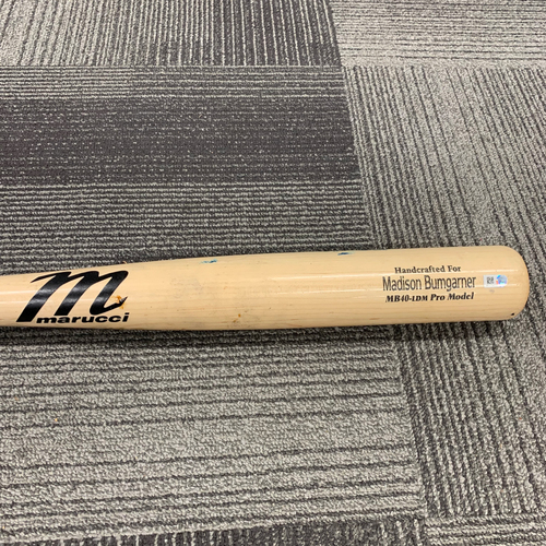 2019 Game Used Broken Bat used by #40 Madison Bumgarner on 7/18 vs. New York Mets - B-3: Noah Syndergaard to Madison Bumgarner - Foul Ball