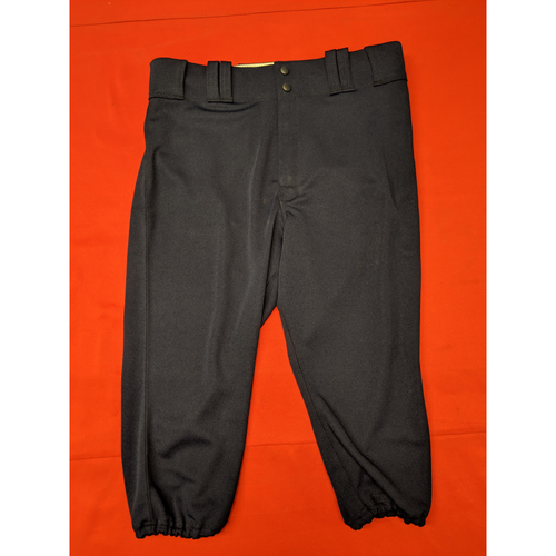 Photo of David Bell -- Game-Used Pants -- 1911 Throwback worn 5/5/19 -- Pants Size - 34-36-19