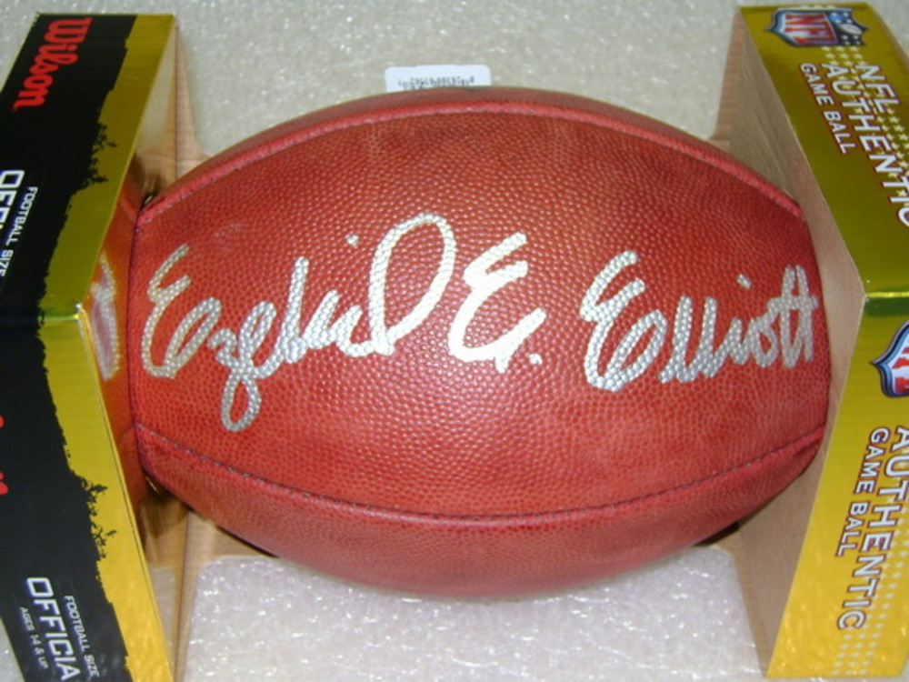 6b5463607bb NFL Auction | NFL - COWBOYS EZEKIEL ELLIOTT SIGNED AUTHENTIC FOOTBALL