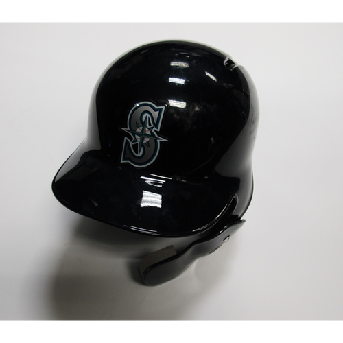 Photo of Seattle Mariners Ryon Healy 2018 Team Issued Batting Helmet