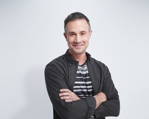Mail in your Poster, Photo, or other Small Memorabilia (<5lbs)  to get signed by Freddie Prinze Jr.