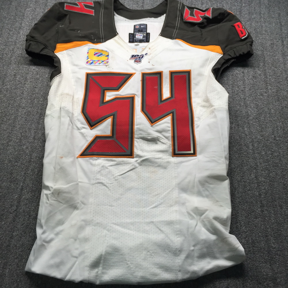Crucial Catch - Buccaneers Lavonte David Game Used Jersey (11/3/19) Size 42 W/ Captains Patch