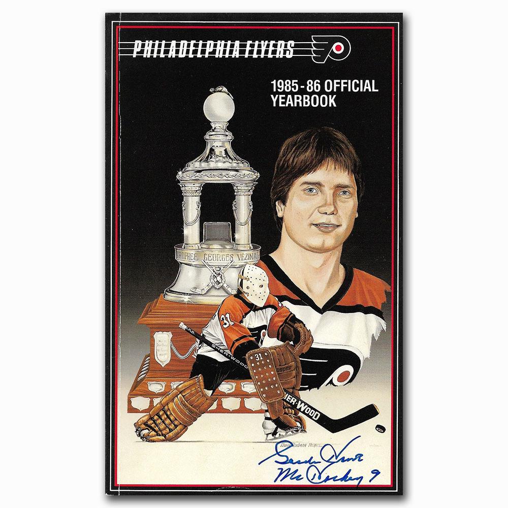 Gordie Howe Autographed Philadelphia Flyers 1985-86 Yearbook