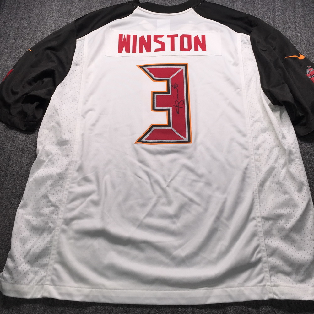 NFL - Buccaneers Jamies Winston Signed Replica Jersey Size XL (slight dirt stain on front of jersey)