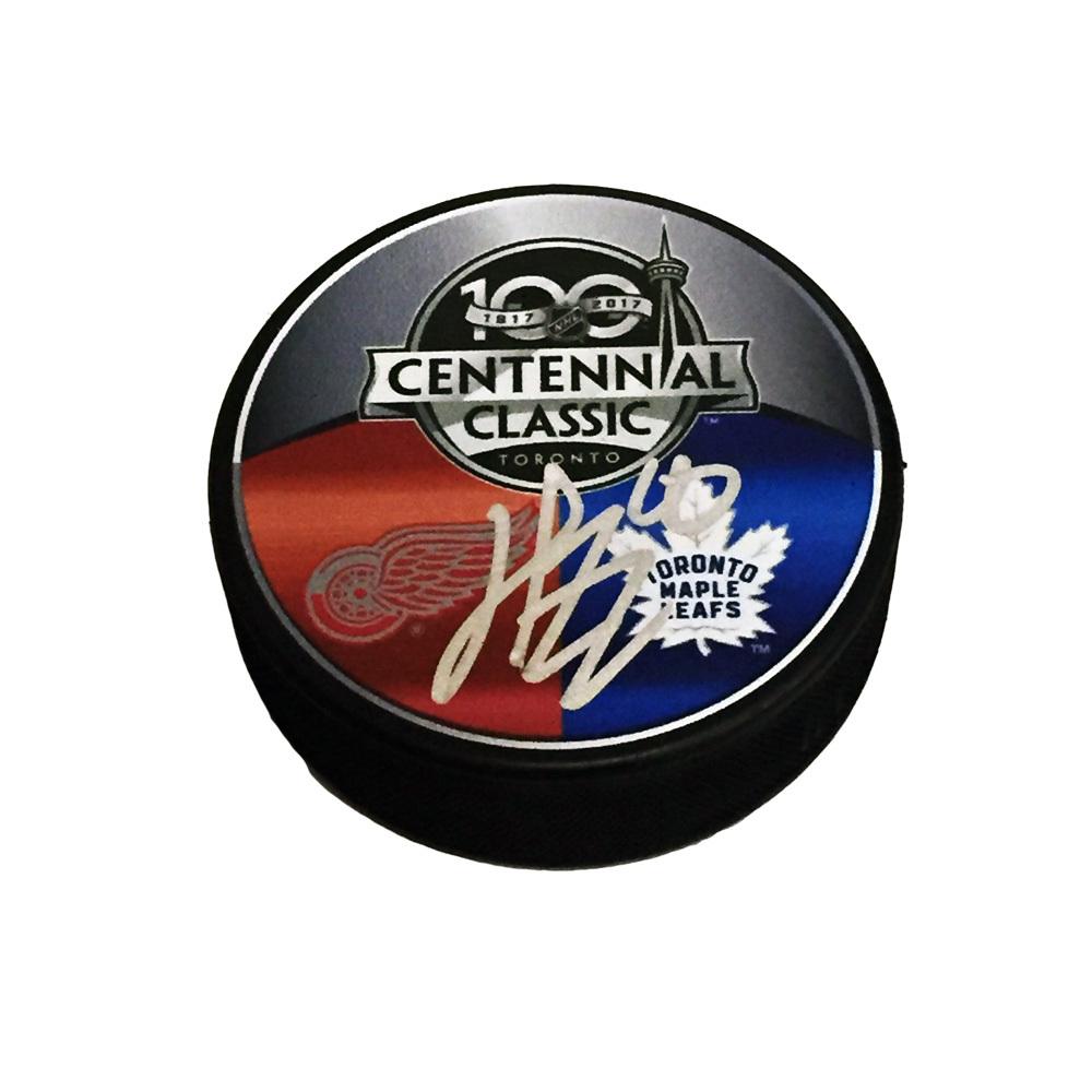 HENRIK ZETTERBERG Signed 2017 NHL CENTENNIAL CLASSIC Souvenir Puck - Detroit Red Wings