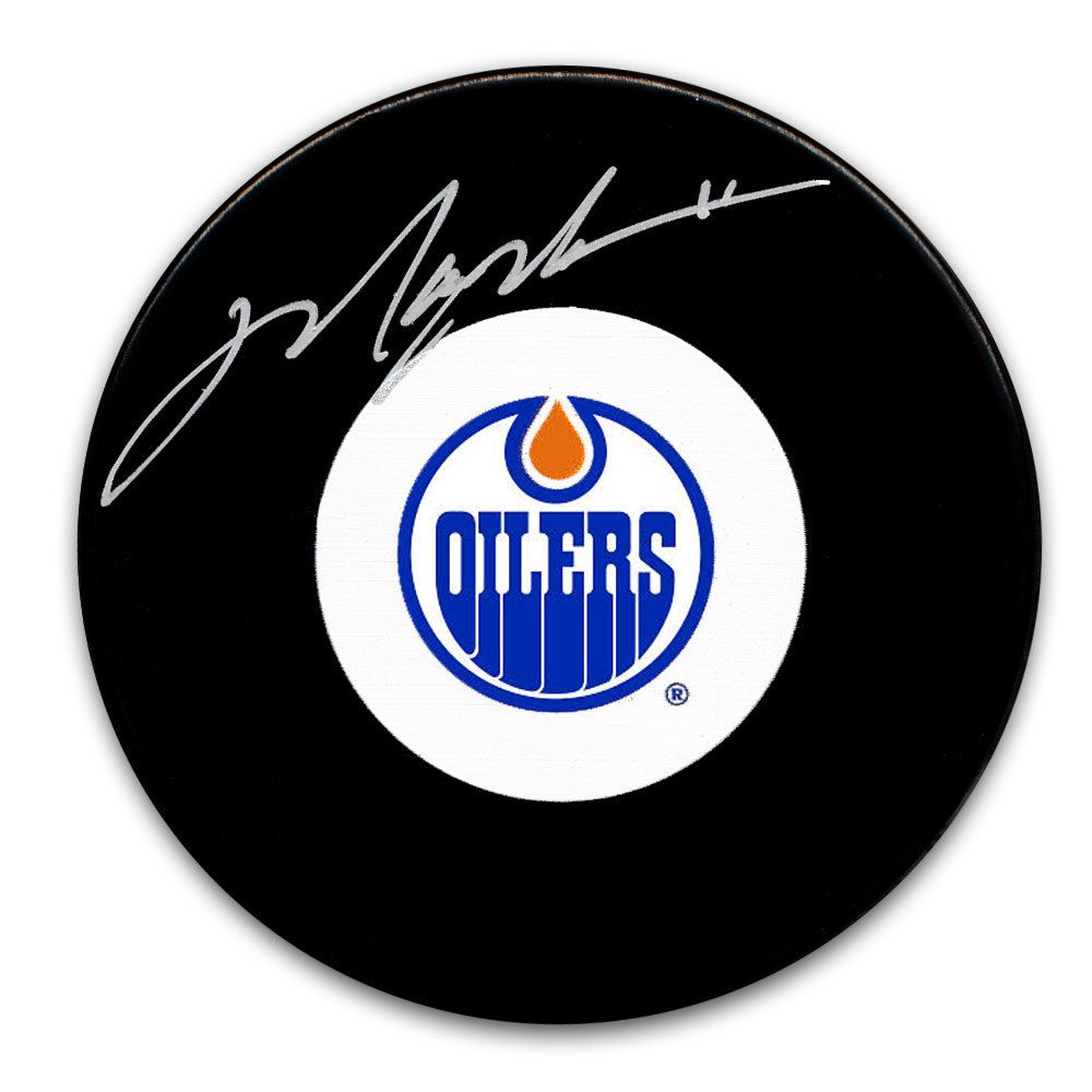 Mark Messier Edmonton Oilers Autographed Puck