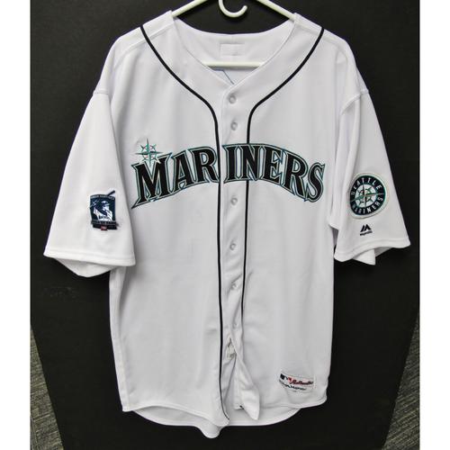 on sale 087ea 0b53e Mariners Auctions | Seattle Mariners 2019 Felix Hernandez ...