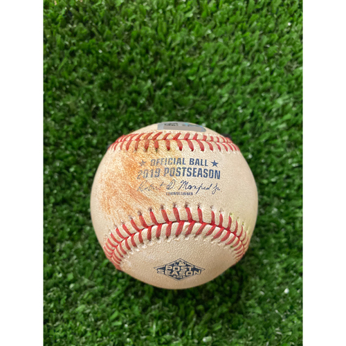 Photo of Ozzie Albies Hit Single Ball - 10/4/2019 NLDS Game 2