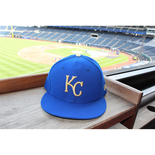 Salvador Perez Game-Used Cap (4/14/17) (Size 7 5/8)