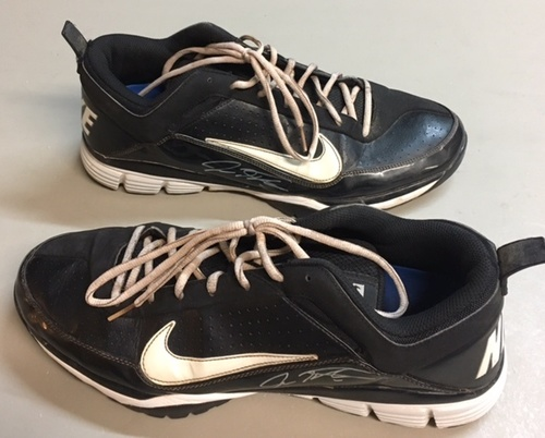Josh Hamilton Used / Autographed Nike Shoes