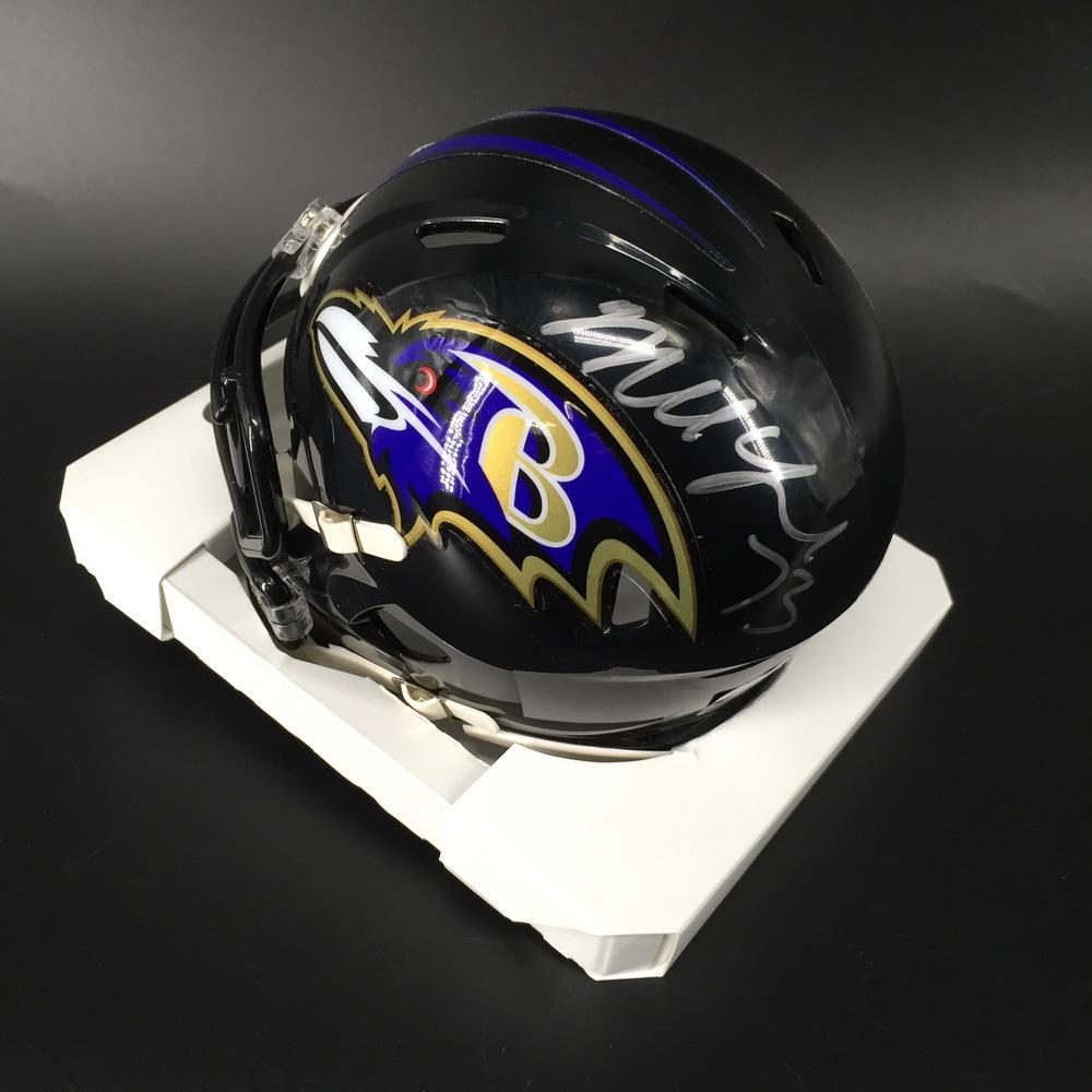 NFL - Ravens Marshal Yanda Signed Mini Helmet