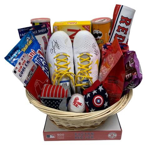 Photo of Darwinzon Hernandez Favorite Things Basket