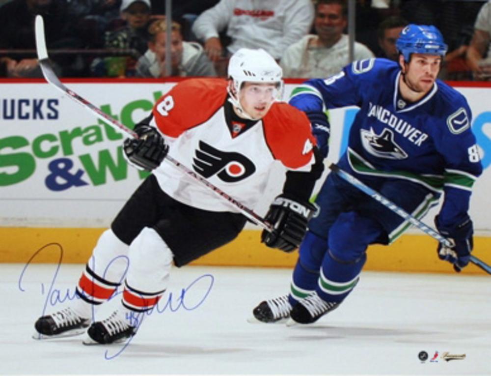 Daniel Briere - Signed 16x20 Unframed White vs Vancouver Canucks Philadelphia Flyers-H