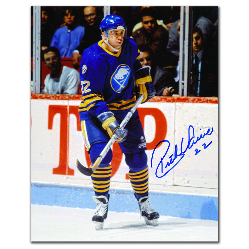Rick Vaive Buffalo Sabres Autographed 8x10