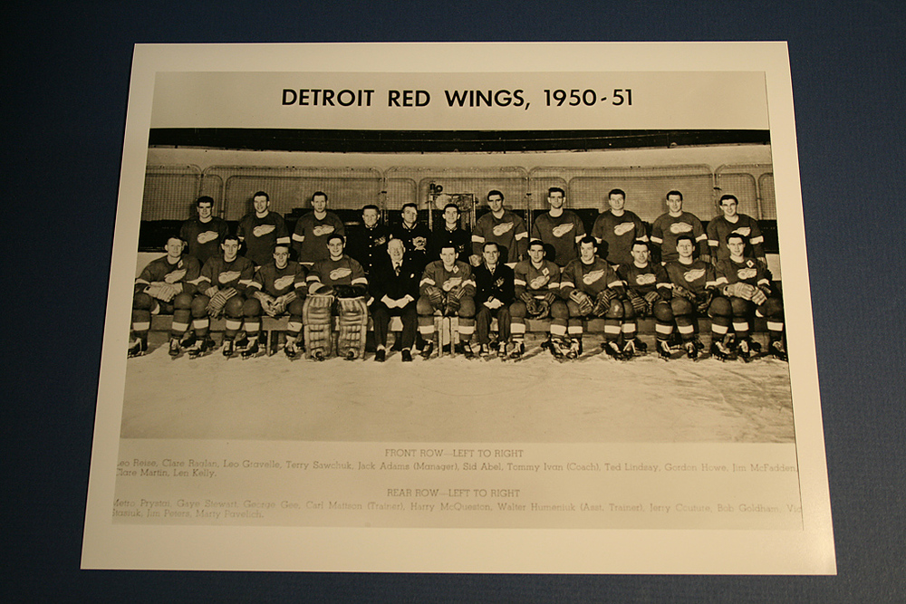 VINTAGE Detroit Red Wings 1950-1951 Team Photo