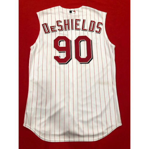 Photo of Delino DeShields -- Game-Used 1999 Throwback Jersey -- Mets vs. Reds on Sept. 22, 2019 -- Jersey Size 46