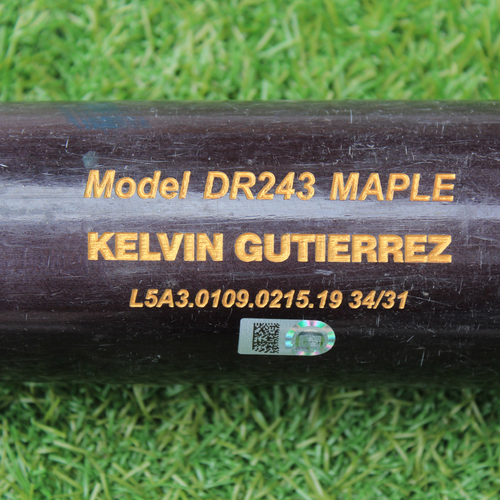 Photo of Team-Issued Bat: Kelvin Gutierrez