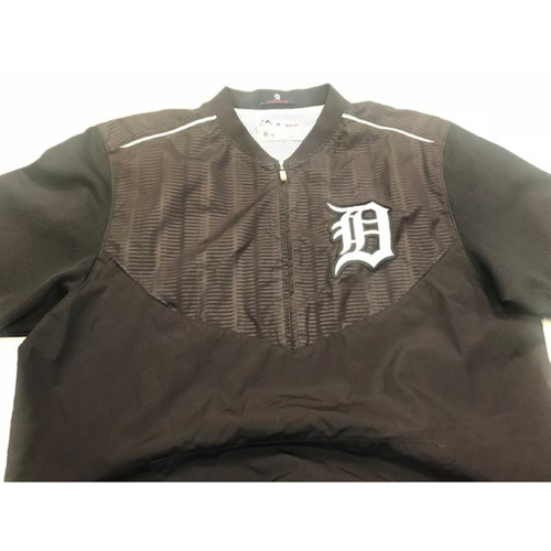 Photo of 2017 Team-Issued Detroit Tiger #3 Home Batting Practice Jacket