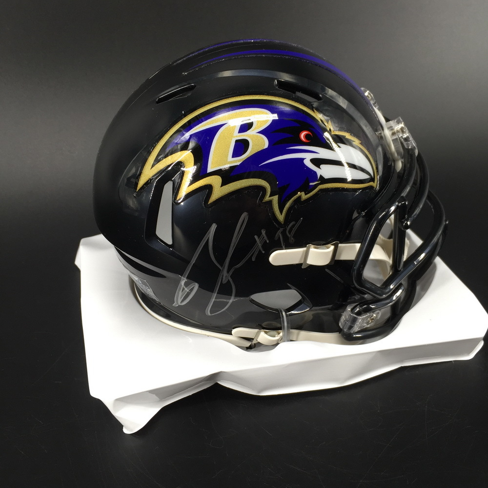 NFL - Ravens Brandon Williams Signed Mini Helmet
