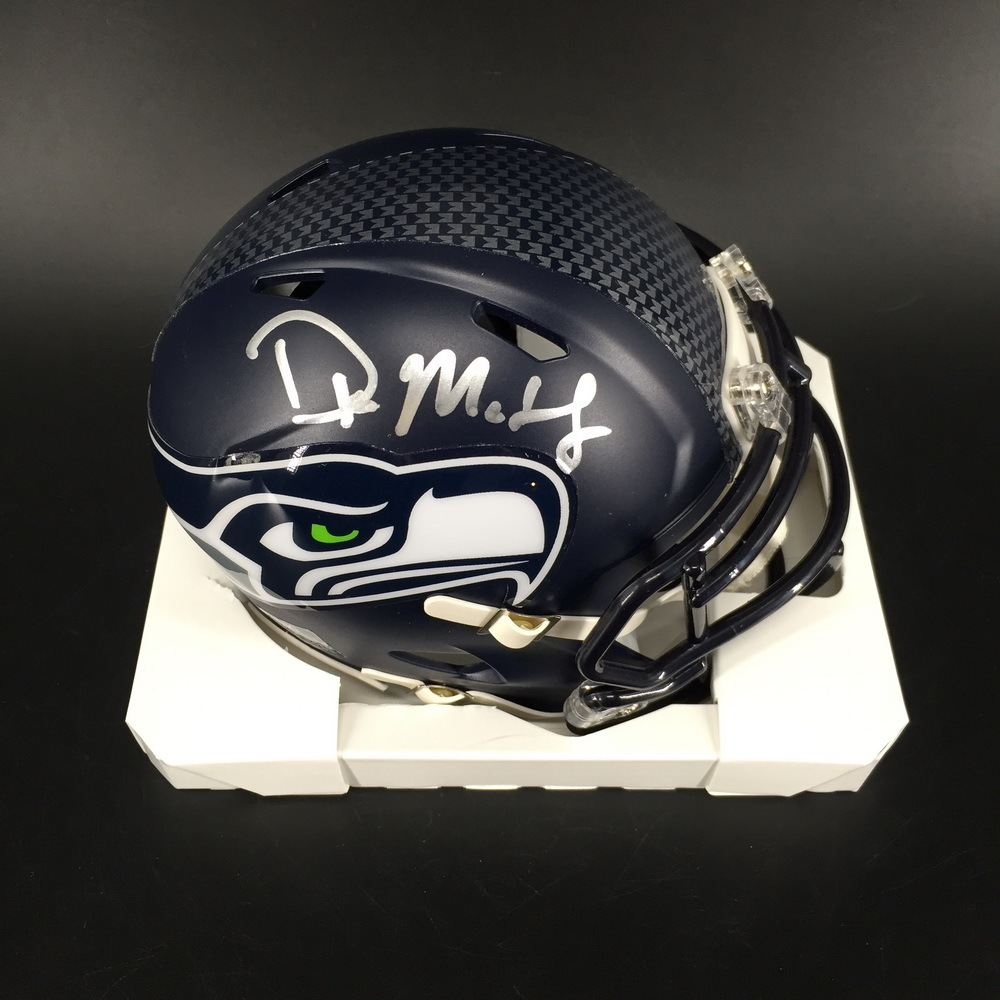 NFL - Seahawks D.K. Metcalf Signed Mini Helmet