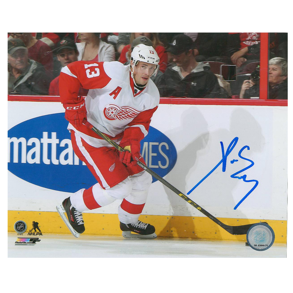 Pavel Datsyuk Signed Detroit Red Wings 8 X 10 Photo - 70172 A